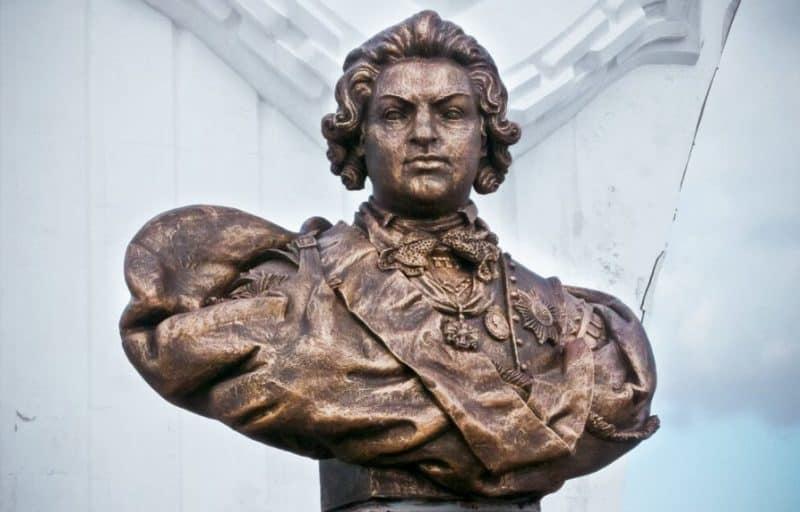 Рис. 3. Памятник светлейшему князю в Севастополе