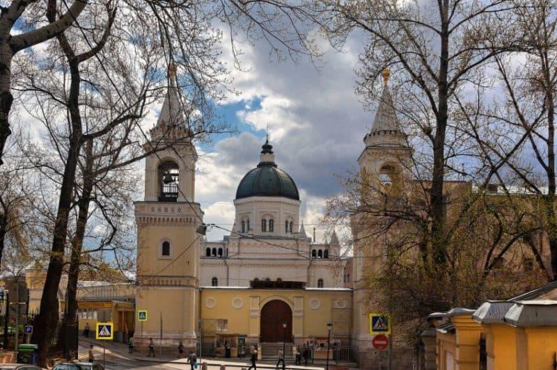 Рис. 4. Иоанно-Предтеченский женский монастырь в наше время