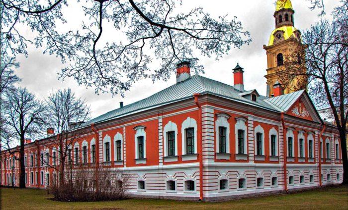 Комендантский дом петропавловской крепости, последнее пристанище княжны-самозванки.